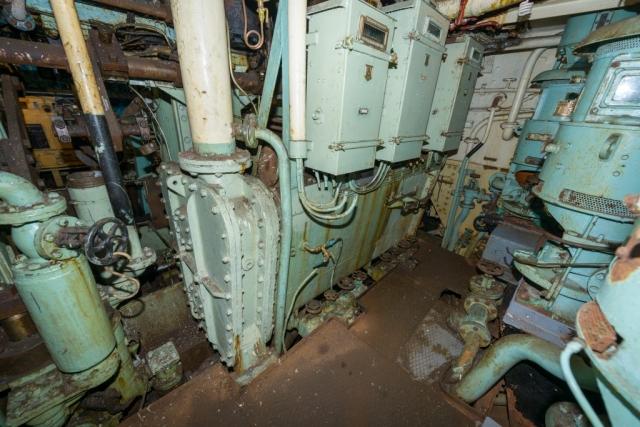 SS Explorer Main Engine Condenser