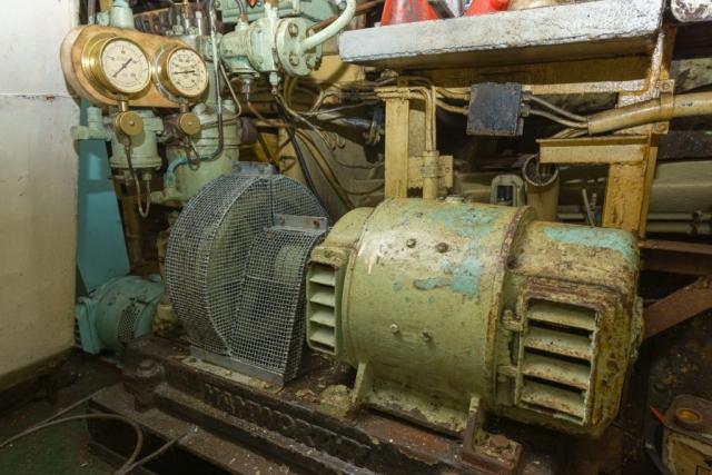 SS Explorer Starting Air Compressor