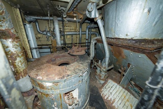 SS Explorer boiler Top