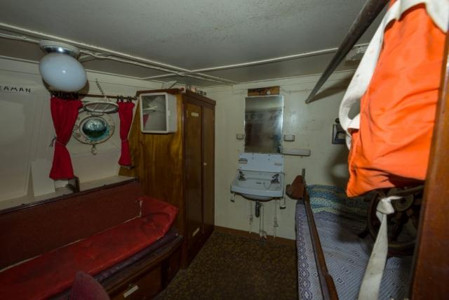 Fishing skipper's Cabin Stbd