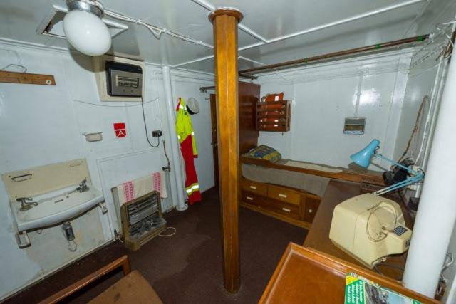 Chief engineer's Cabin Looking Inboard